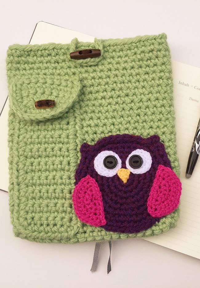 Aplicação da coruja em crochê