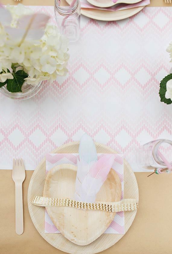Padrões de madeira para a decoração da mesa