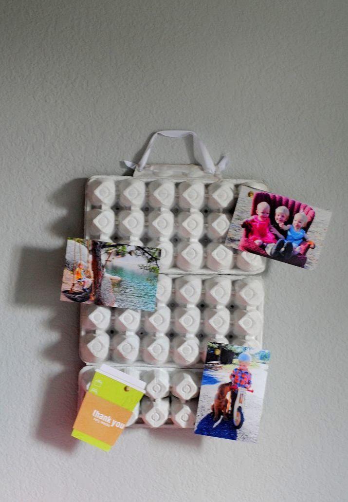 Mural de fotos com caixa de ovos