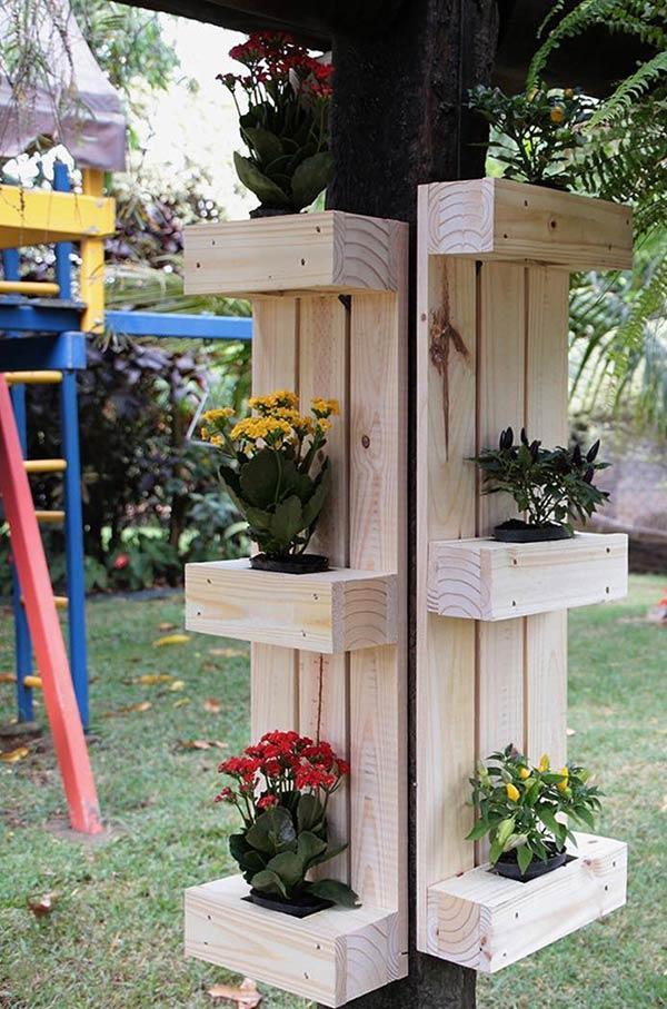 Decore pilares com o painel de pallet