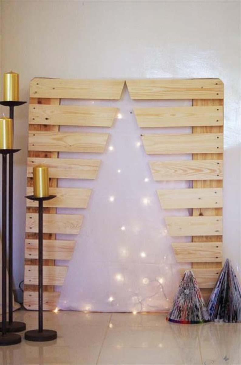 Arvore de natal criativa utilizando a madeira de palete