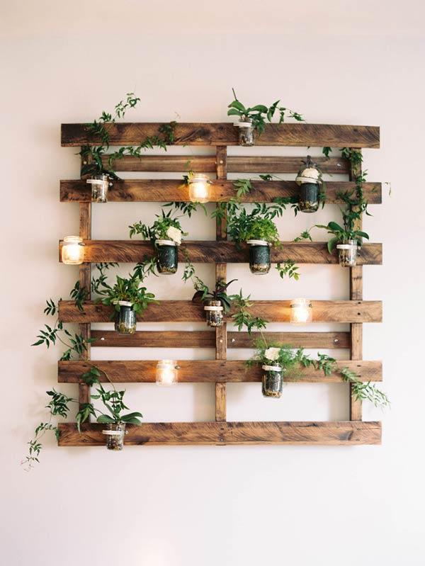 Painel com vasos e plantas