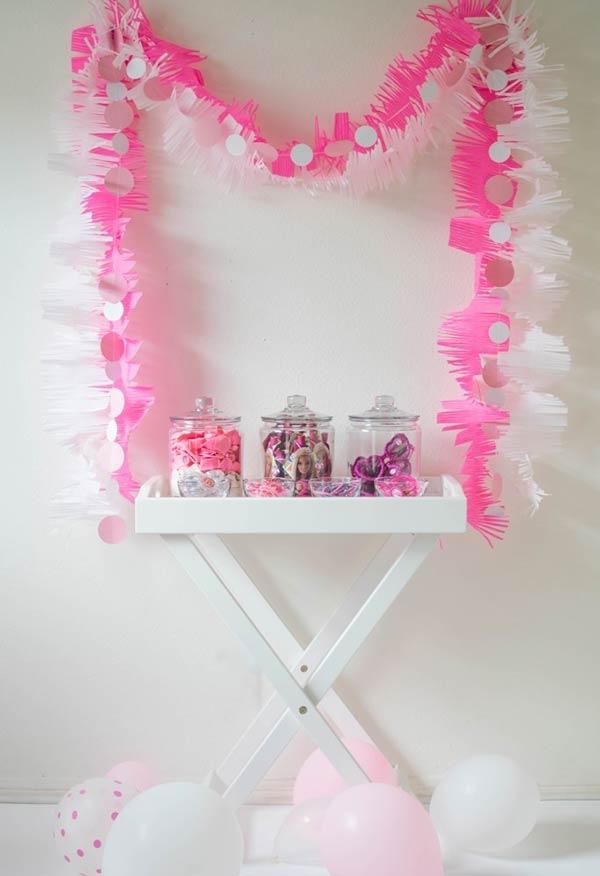 Corrente para a decoração da Barbie