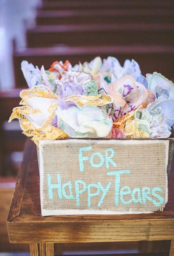 Lencinhos para quem chora no casamento