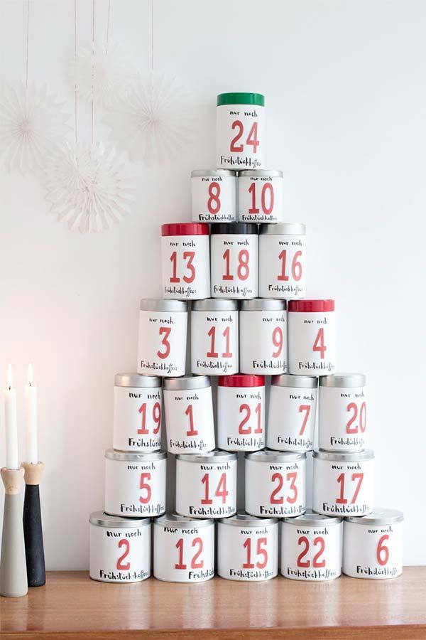 As latas de alumínio resultam em um lindo calendário