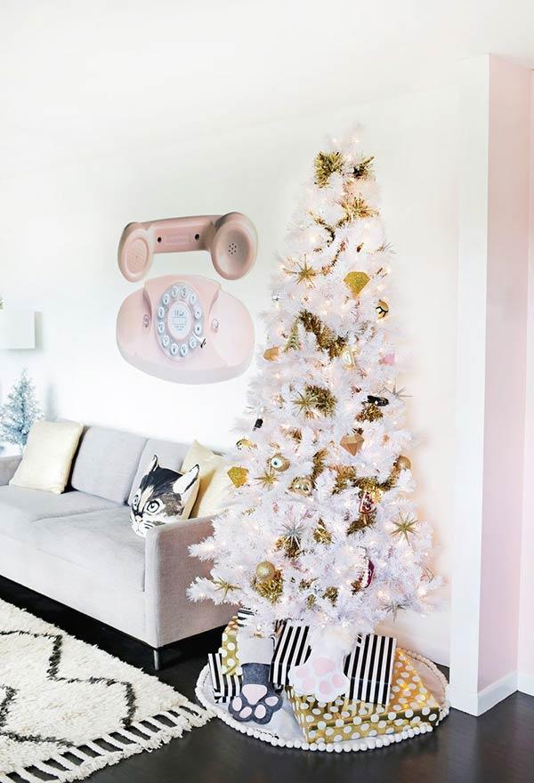 Arvore de Natal dourada e branco