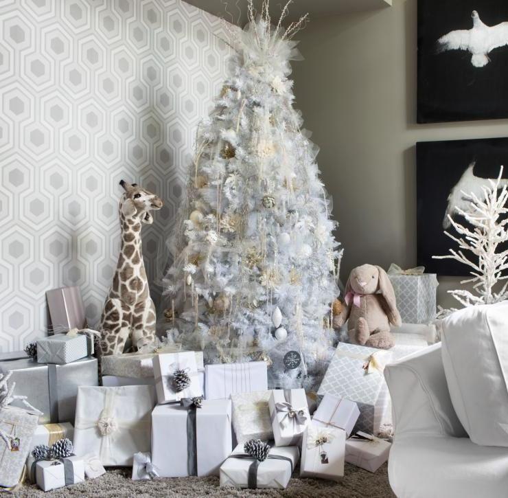 Árvore de Natal branca: 65 ideias incríveis e originais para decorar