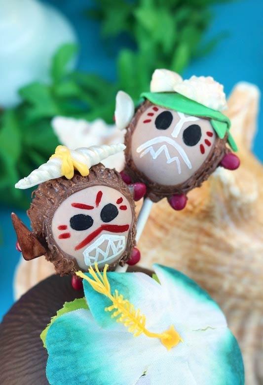 Cakepops temáticos para festa Moana