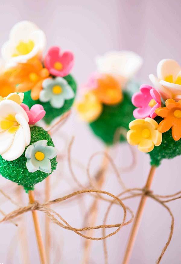 Cakepops para festa Moana