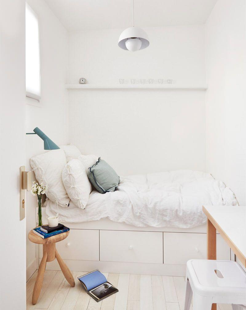 Não deixe de lado o conforto em um quarto de hóspedes pequeno
