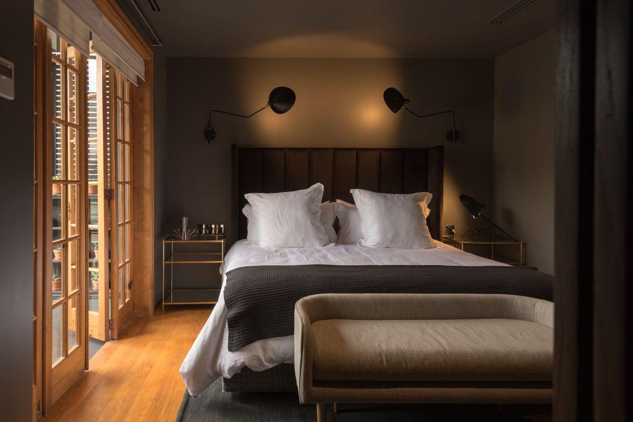Quarto de hóspedes com cama de casal