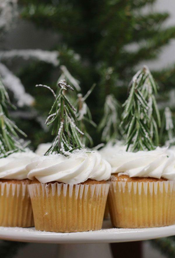 Pinheiros de alecrim para cupcakes
