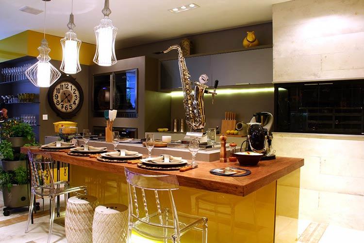 Um projeto moderno de área gourmet para espaço de lazer
