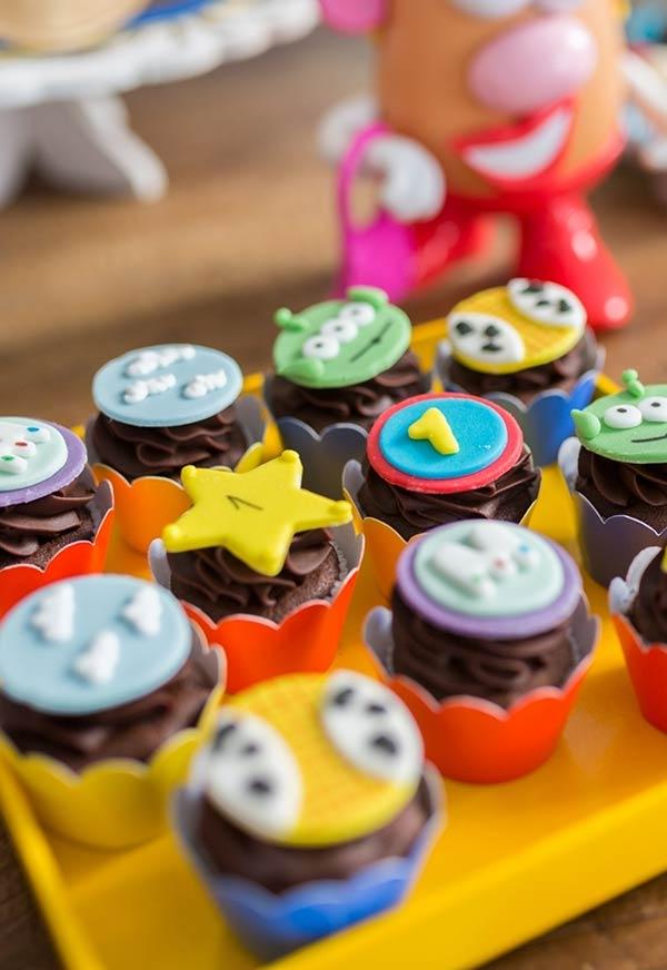 Lindos cupcakes para festa Toy Story
