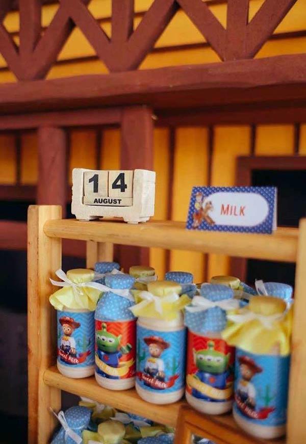 Garrafas de leite personalizadas