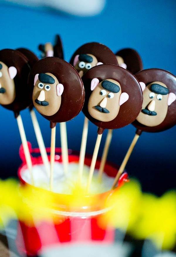 Pirulitos de chocolate do Sr. Cabeça de Batata