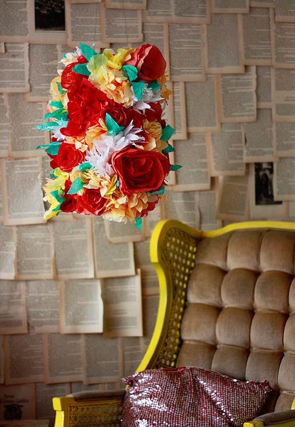 Decoração de lustre super colorida e florida