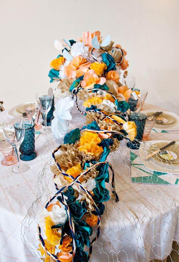 Flores na decoração da mesa