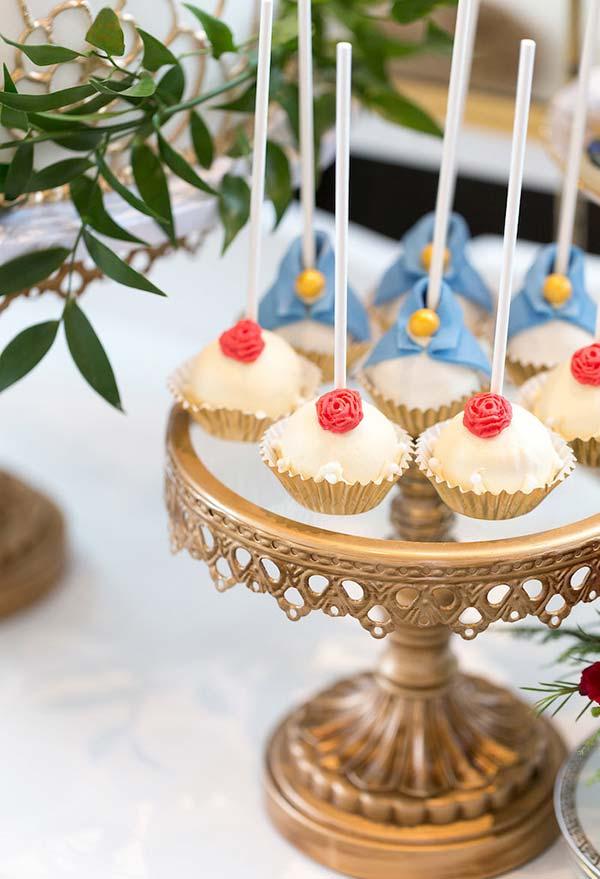 Cakepops para Bela e a Fera