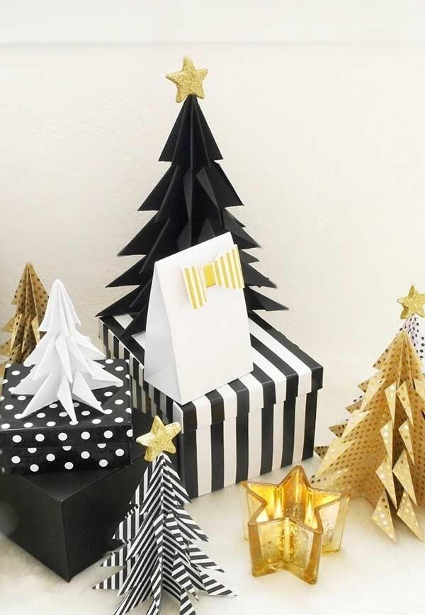 Árvore de Natal pequenina com EVA