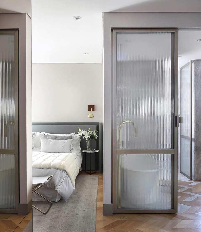 Porta de vidro ideal para o banheiro