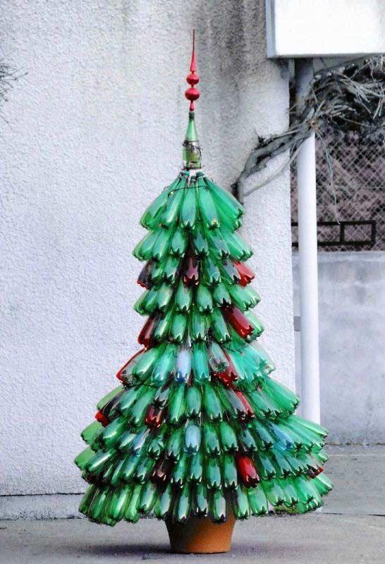 Árvore de Natal de Garrafa PET 40 Ideias e Passo a Passo
