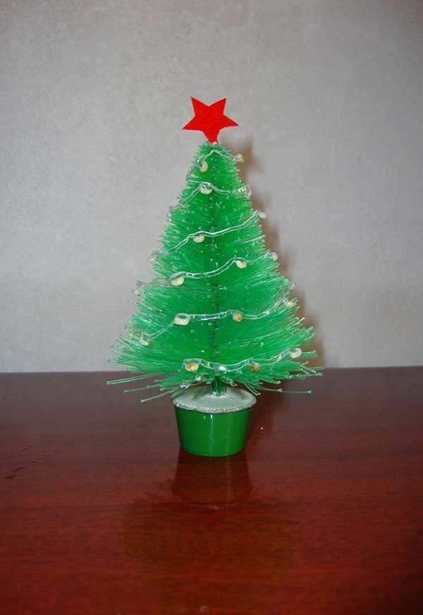 Mini árvore com garrafa PET