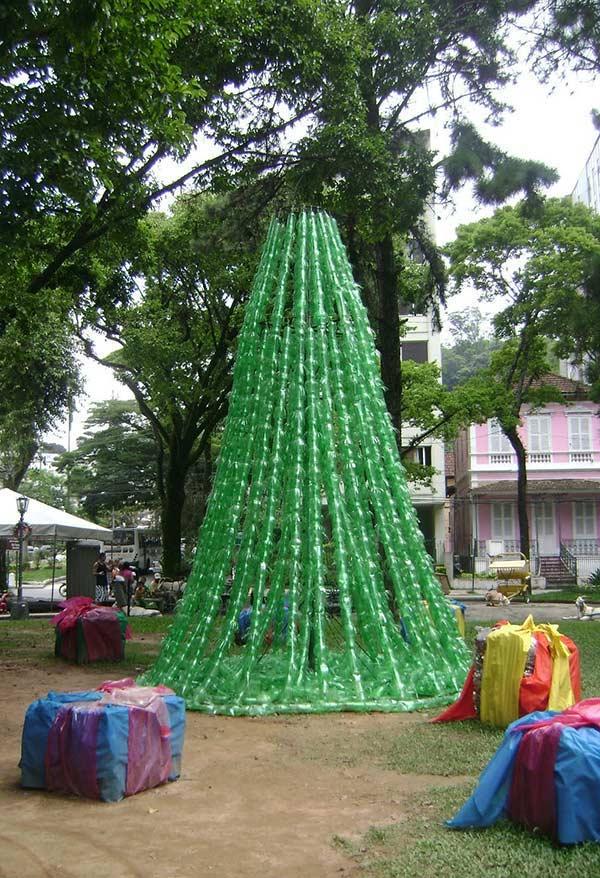 Uma árvore diferente no parque
