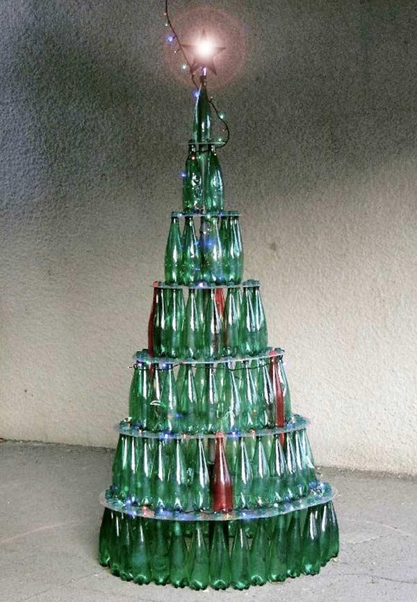 Árvore de garrafas empilhadas