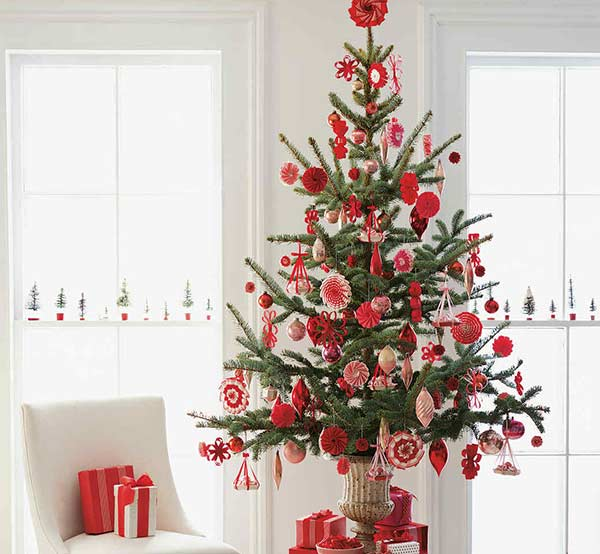 Árvore de Natal decorada: 65 ideias incríveis para a sua casa!