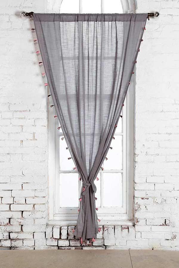 Incremente a sua cortina de linho