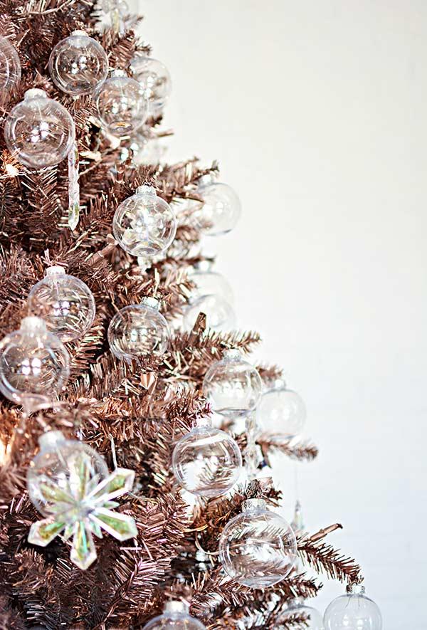 Bolas transparentes de vidro ou de acrílico para decorar a árvore