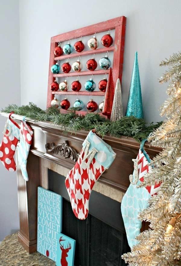Quadrinho de Natal com bolas de inspiração