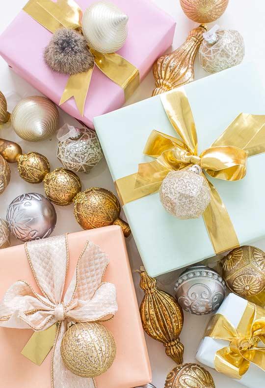Bolinhas e enfeites para o Natal