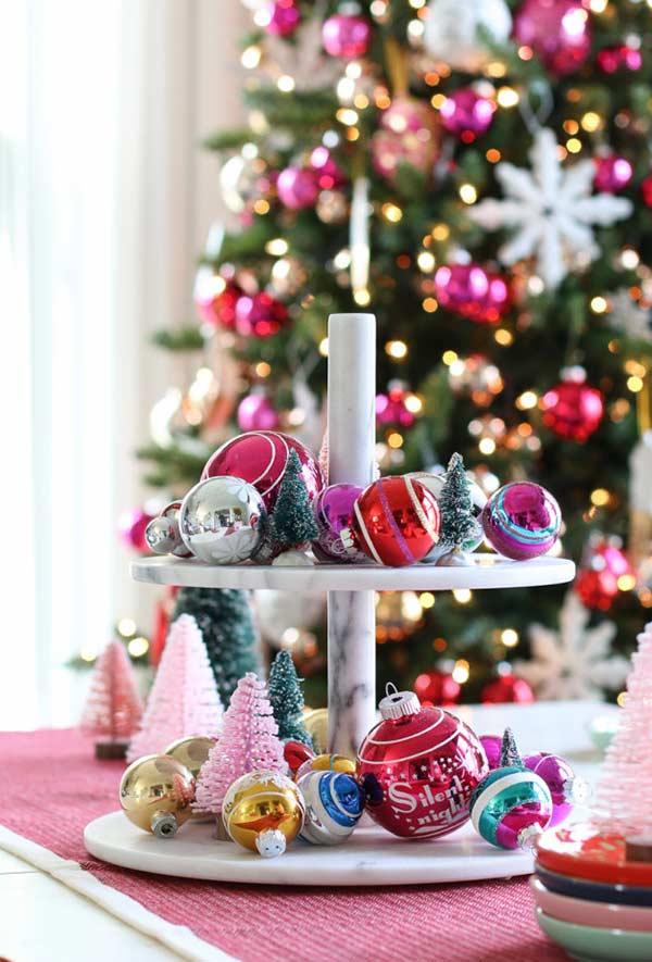 Bolas de Natal para decorar a mesa
