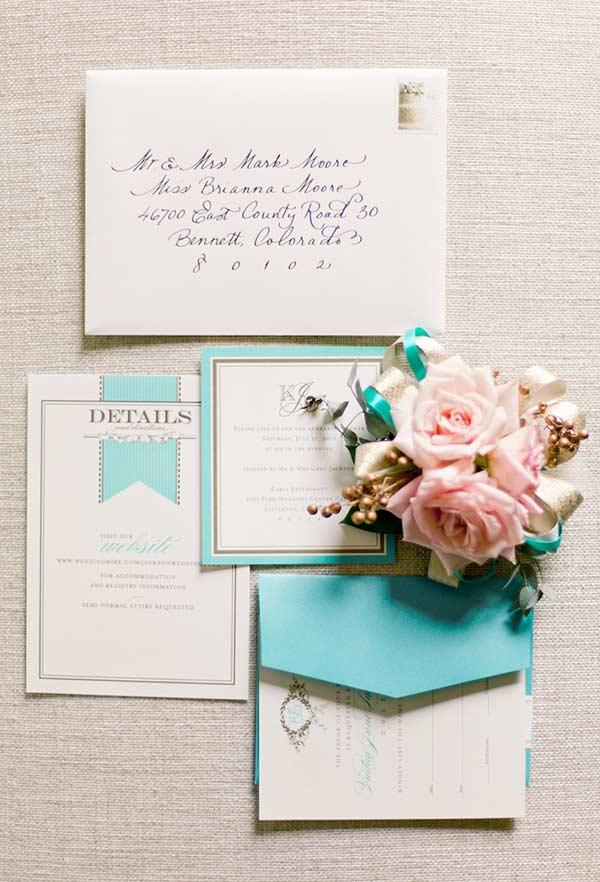 Convite elegante com um toque de cor azul Tiffany
