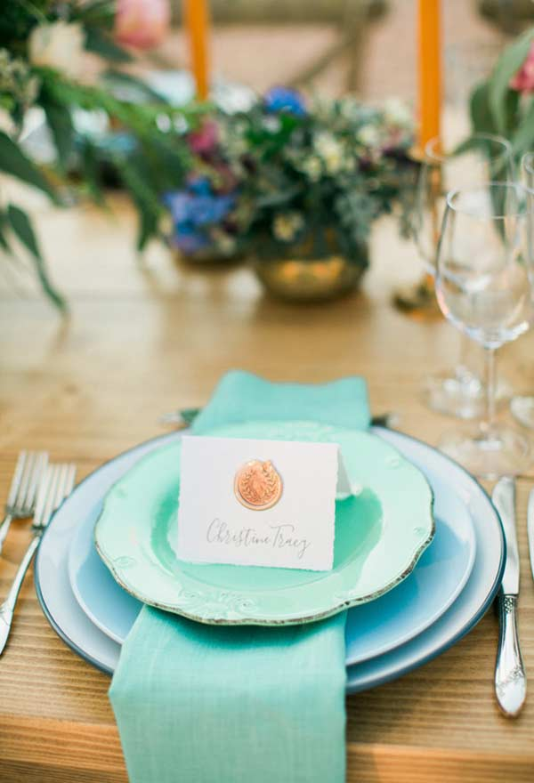 Prato e guardanapo de tecido com azul Tiffany