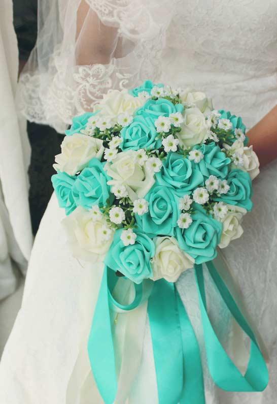 Buquê de flores com azul Tiffany
