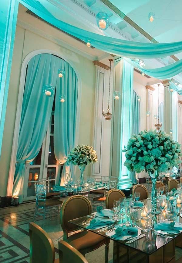 Decoração de tecidos com a cor azul Tiffany