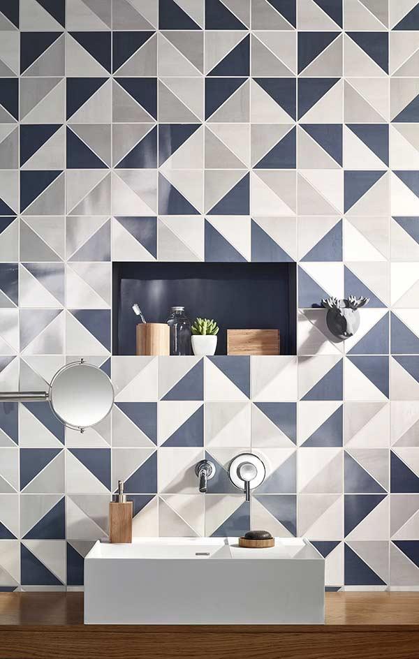 Azulejo para um banheiro masculino moderno