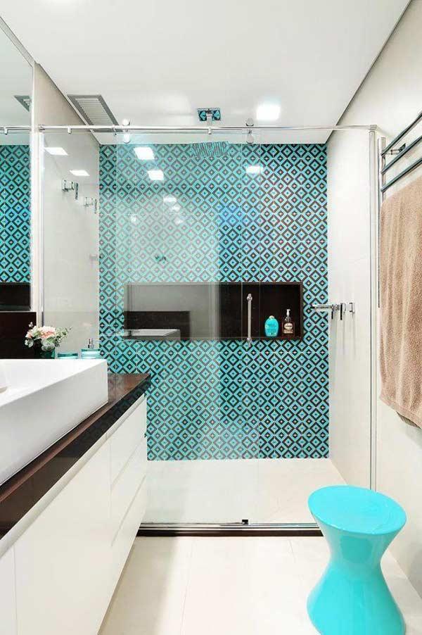 Realce o seu banheiro com a cor certa no azulejo