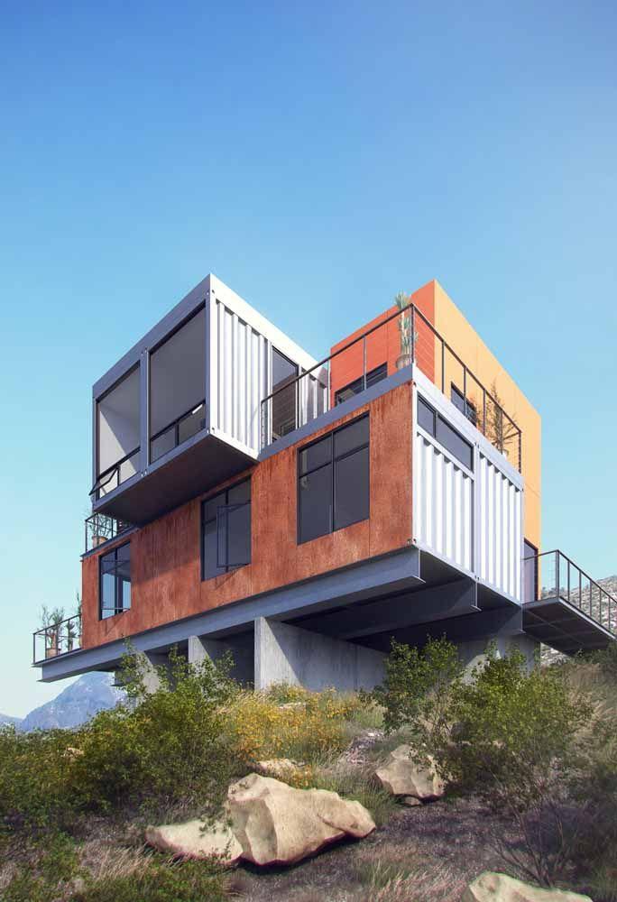 Posicione dois containers perpendicularmente para formar uma casa com térreo e andar superior