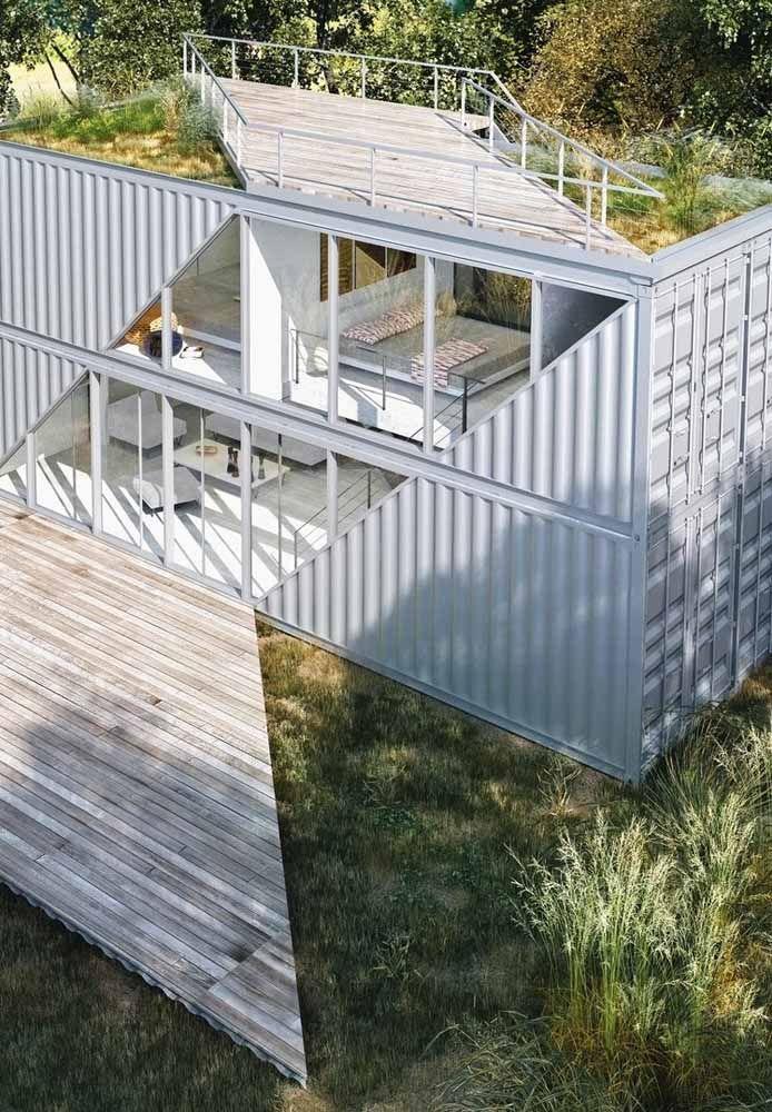 Empilhando alguns containers é possível fazer uma casa de dois andares bem sofisticada