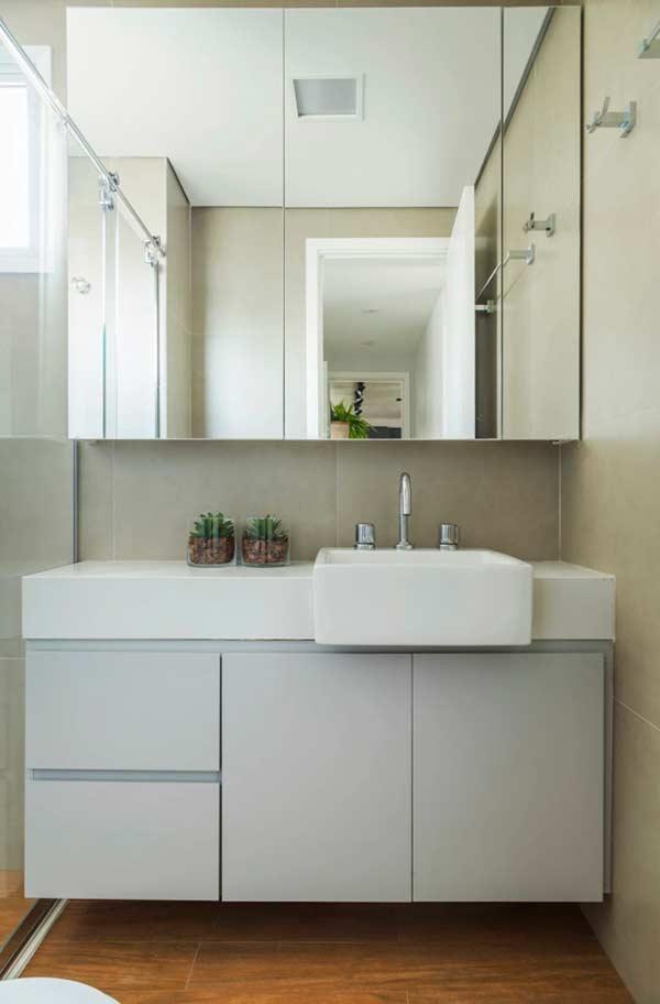 O piso que imita madeira faz sucesso nos pisos de banheiros