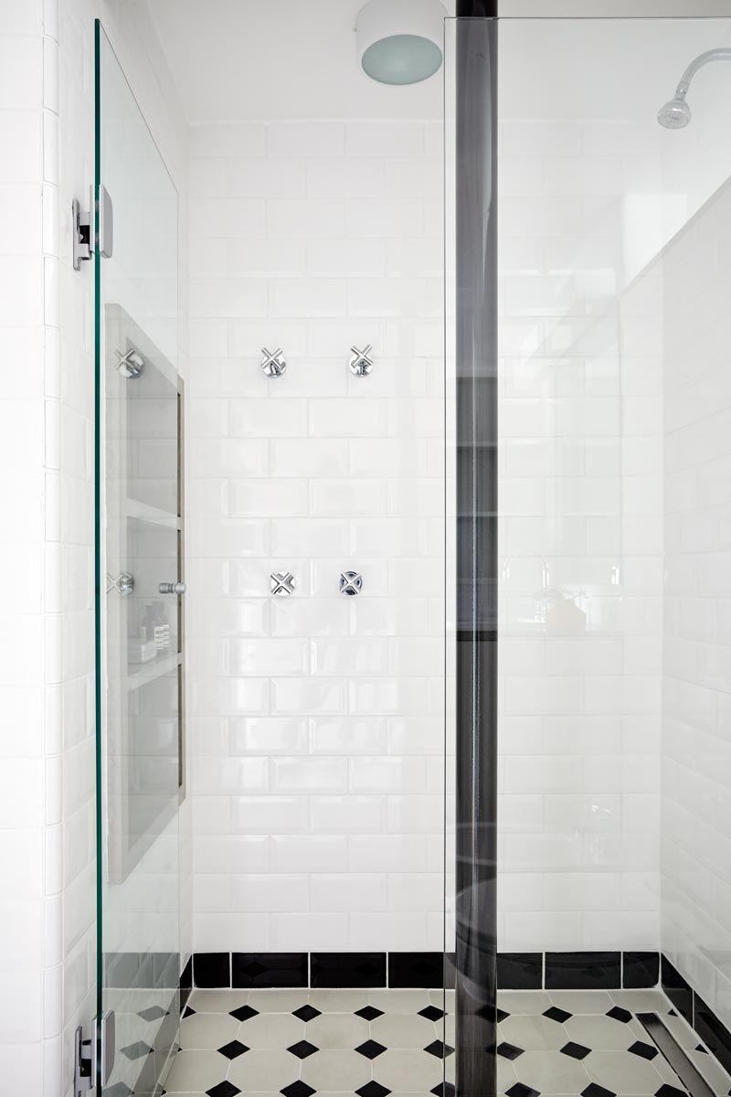 Banheiro com base neutra