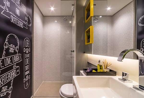 Banheiro com toque jovial