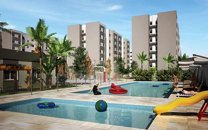 Área de lazer com piscina e quadra poliesportiva