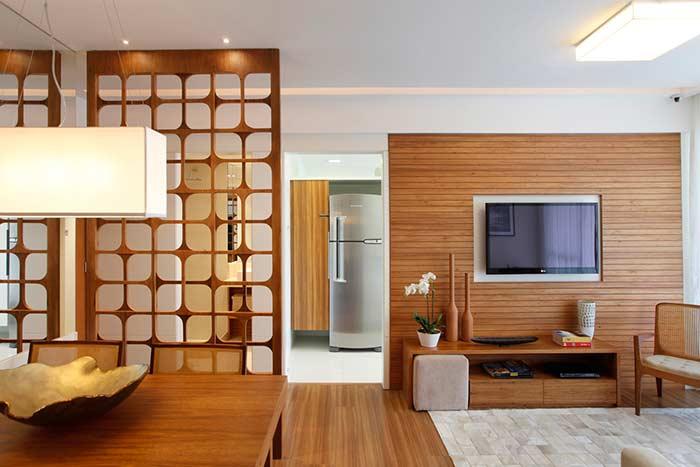Exalando madeira nos pisos e nos detalhes
