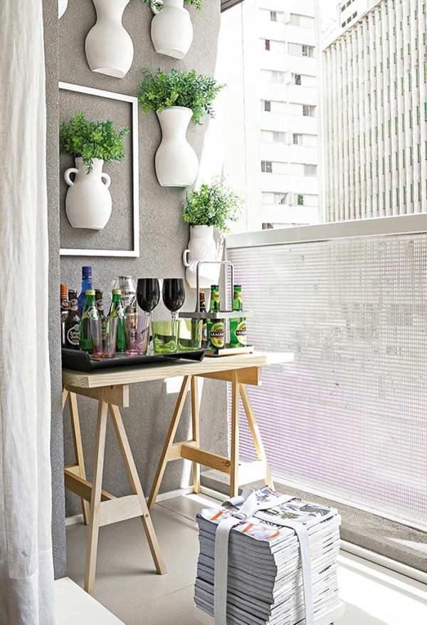 Monte um home bar simples na varanda