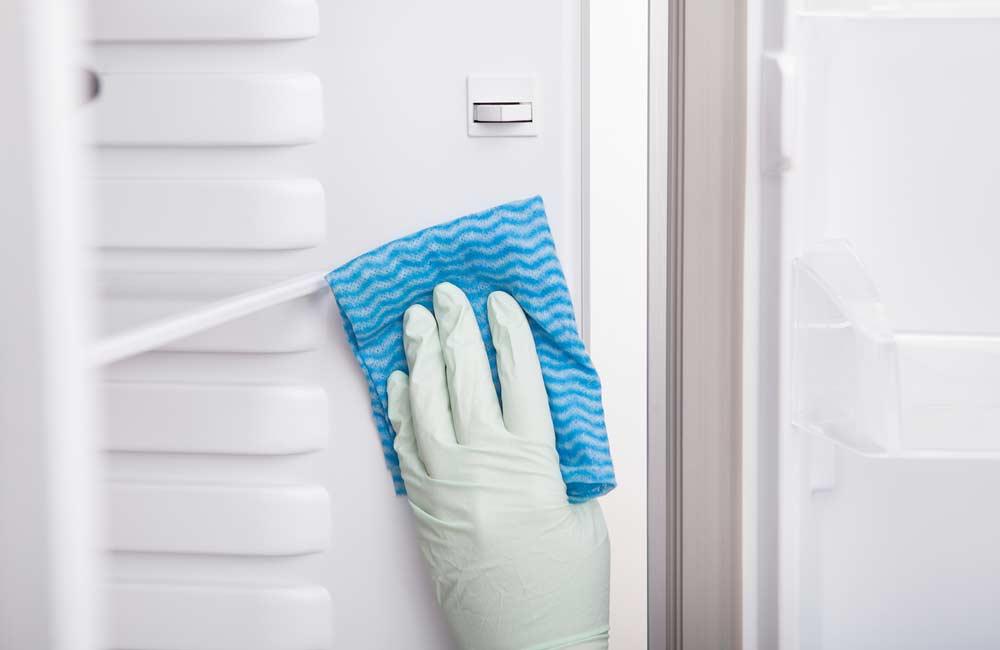 Limpeza de freezer por dentro